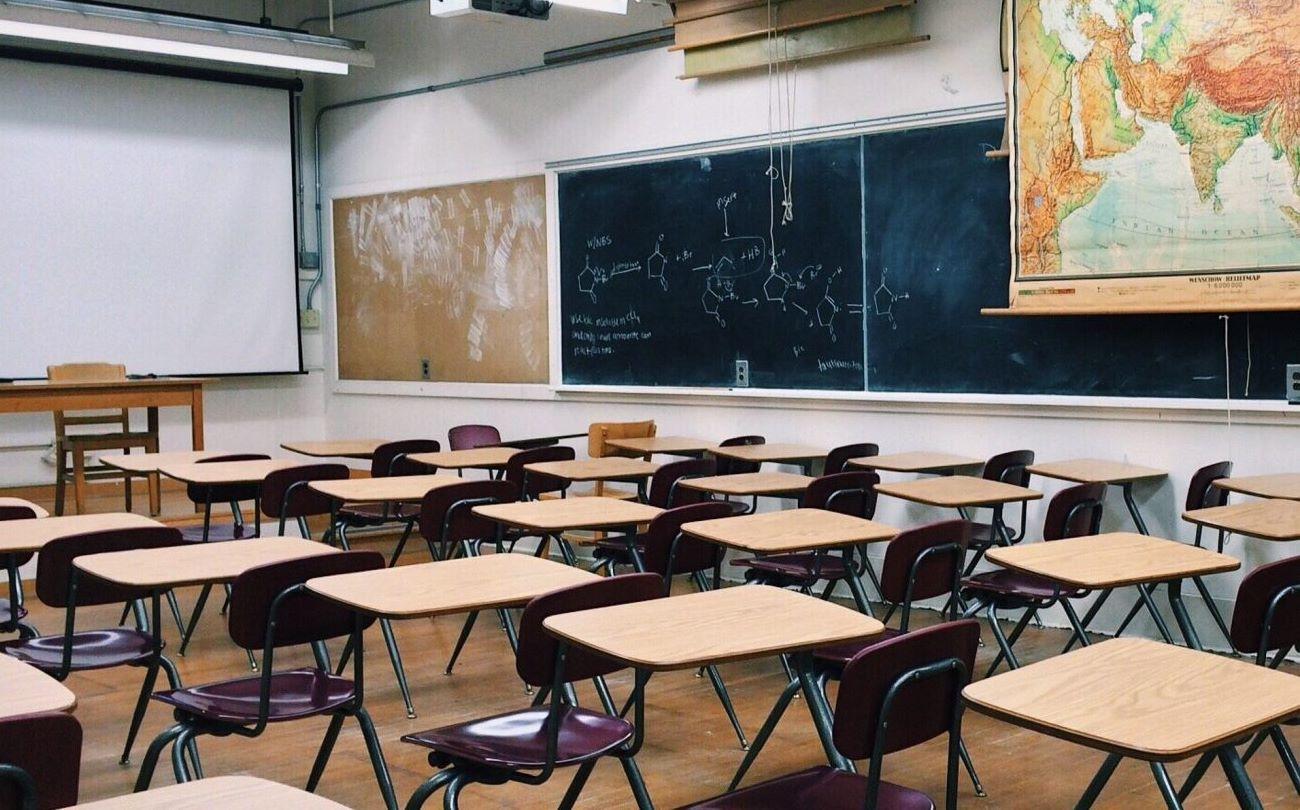 Az iskolák a tegnapnak vagy a tegnapelőttnek képeznek