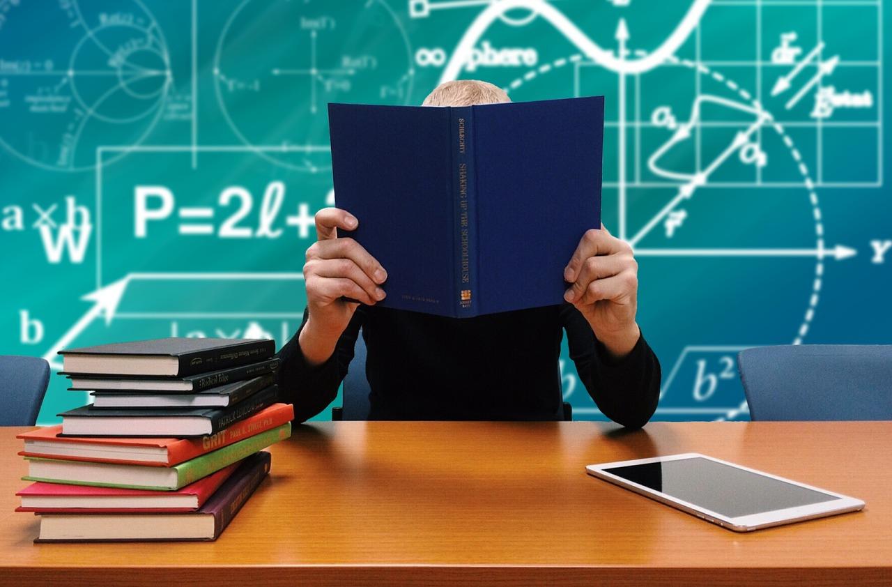 Tanulmányi szerződés: milyen buktatói lehetnek? – 2. rész