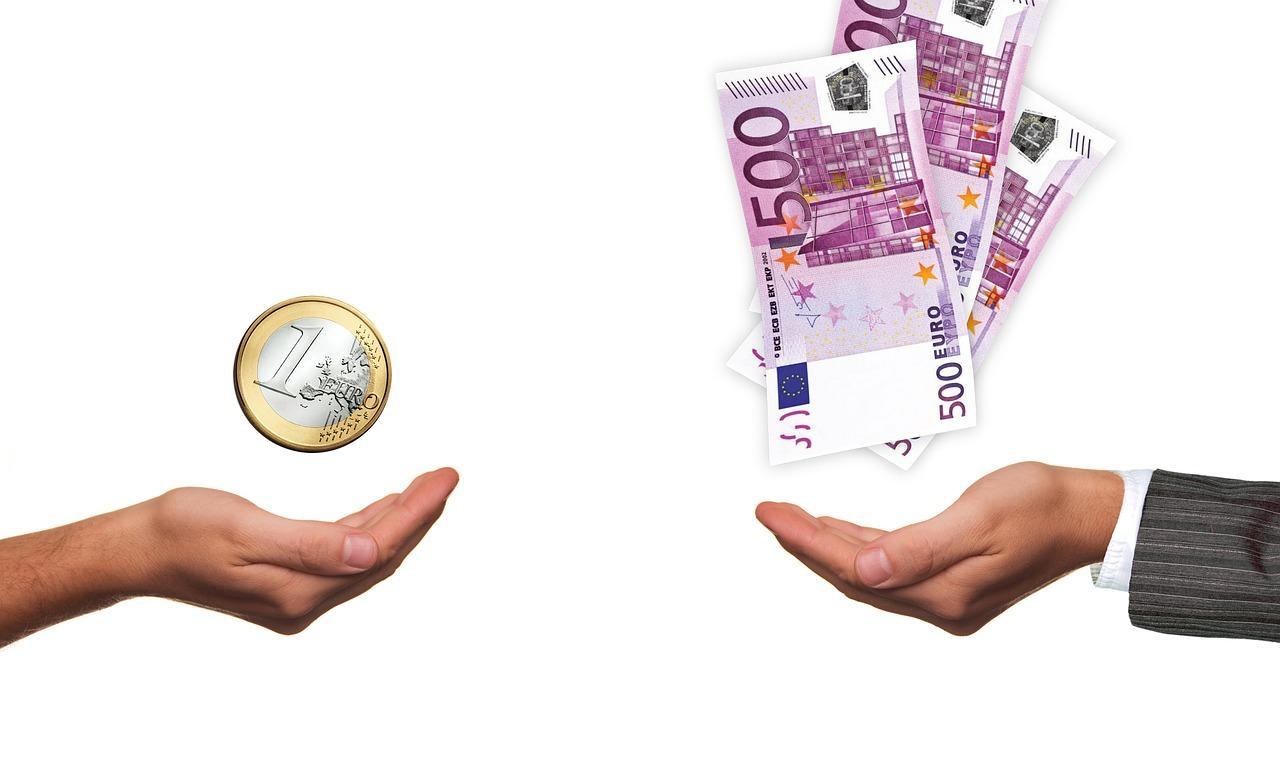 Kinek jár a magasabb minimálbér? - mutatjuk a buktatókat