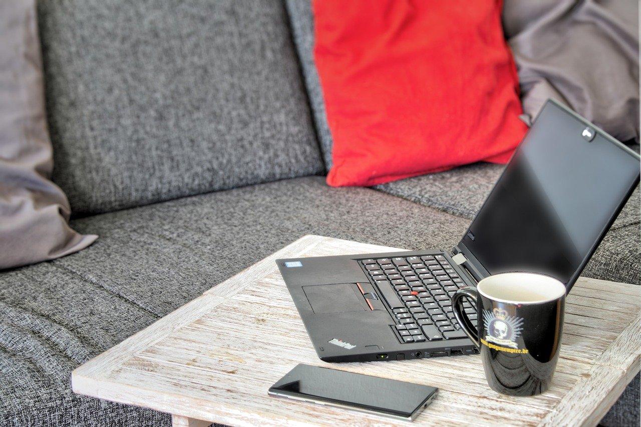 Home office és távmunka: A kettő ugyanaz vagy különbözik?