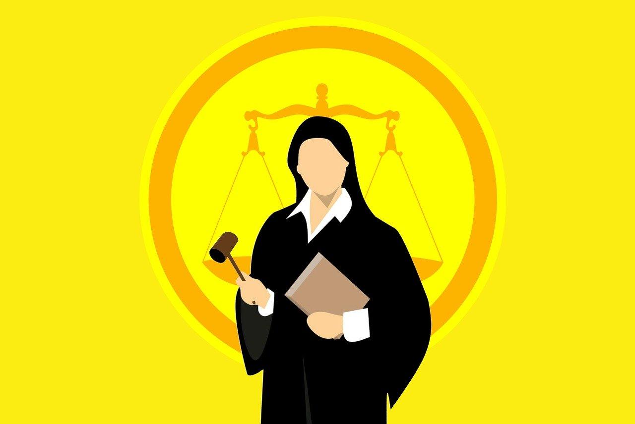 Megszűnt munkaügyi bíróságok: ki és hogyan dönt ezentúl egy perben?