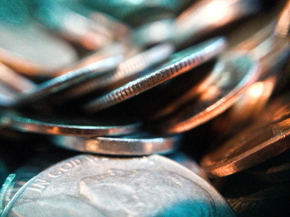 Hogyan változtak az állami bértámogatás szabályai április 29-től?