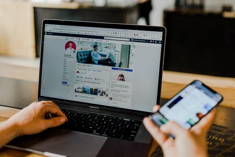 Kerüljük a Facebookot: Mikre figyeljünk oda, hogy az online tanulás, tanulás maradjon?