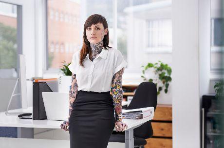 Mi legyen a tetovált álláskereső sorsa?