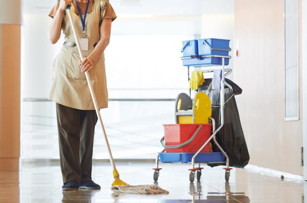 Csak egy takarítónő!