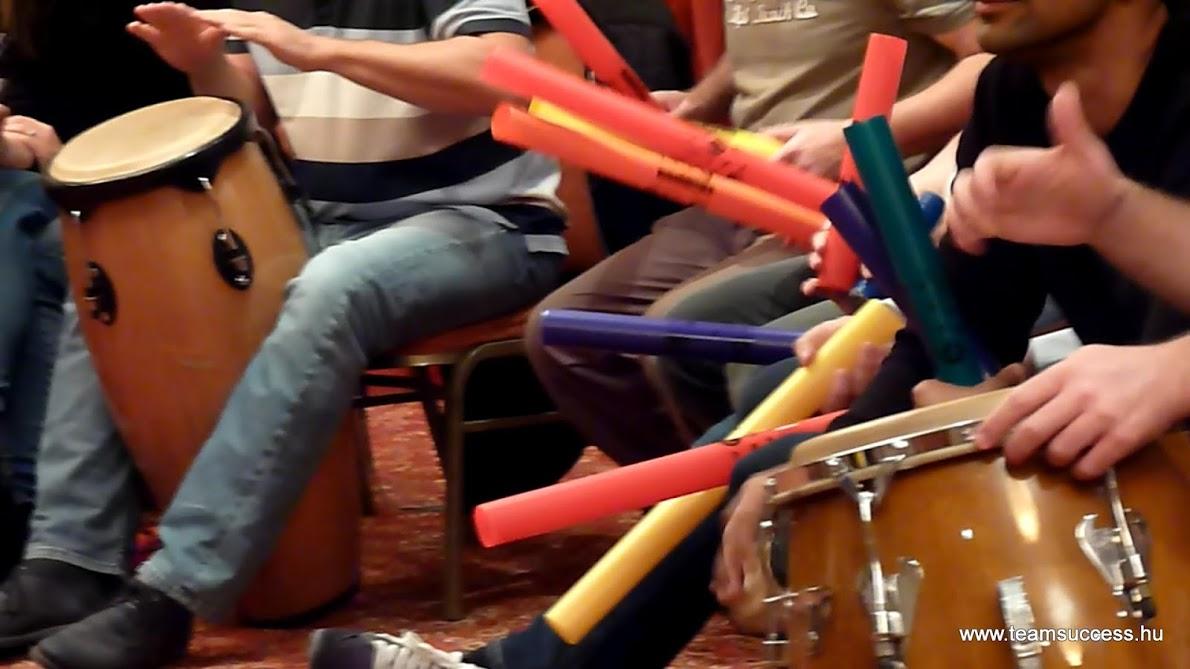 Boomwhackers - Csődobolás - Egy ritmusra hangolva