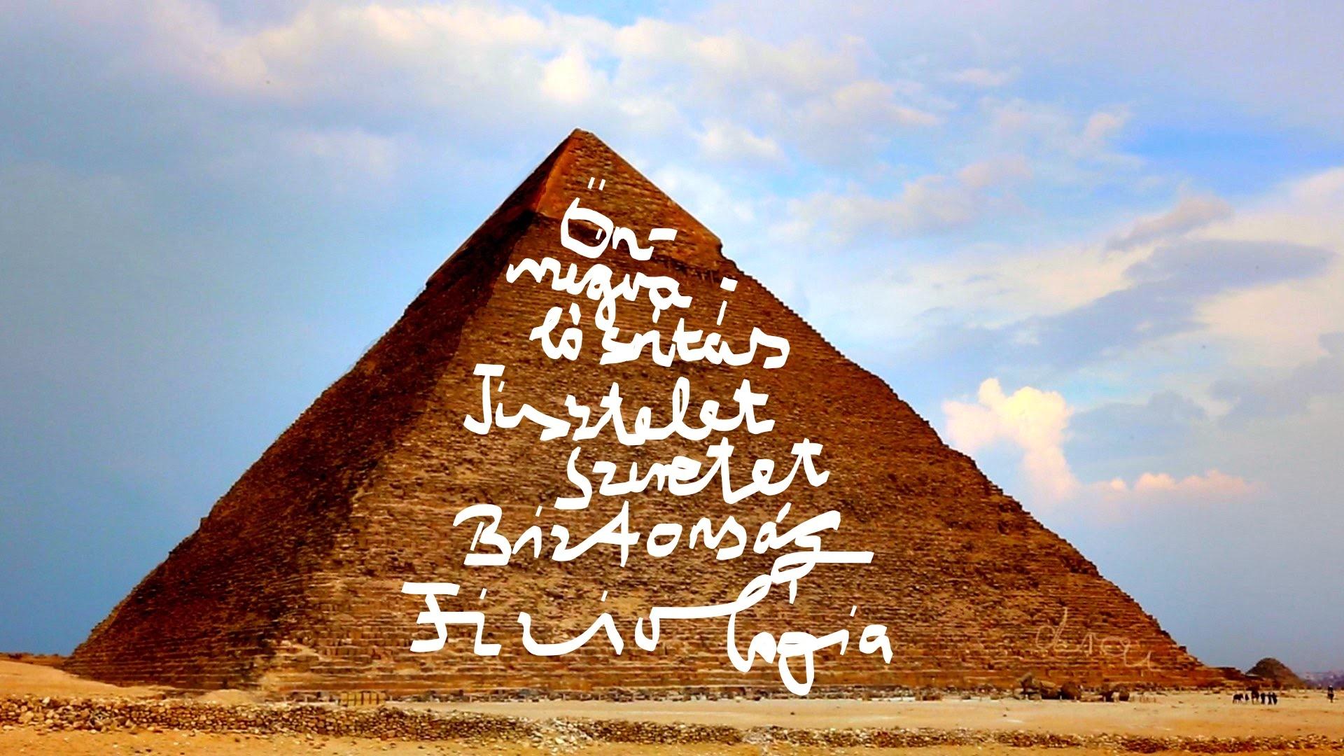 A piramismerénylet