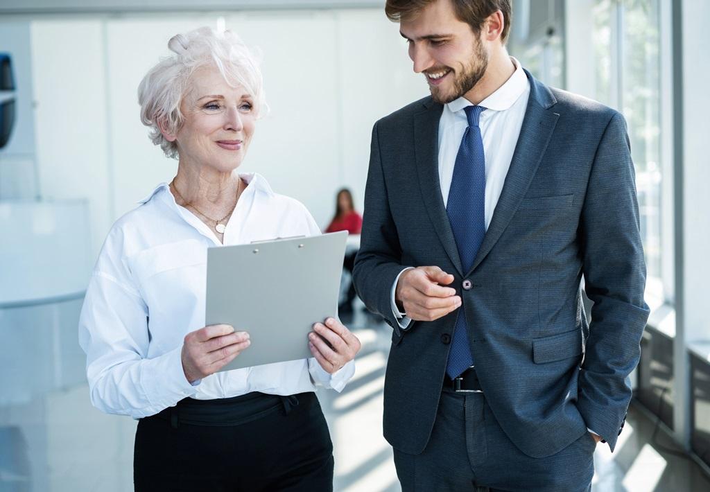 Járulékfizetéssel kapcsolatos előnyök és hátrányok nyugdíjasok foglalkoztatásakor