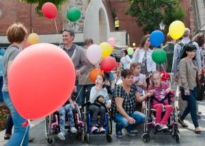 hogyan kereshet egy fogyatékos ember pénzt)