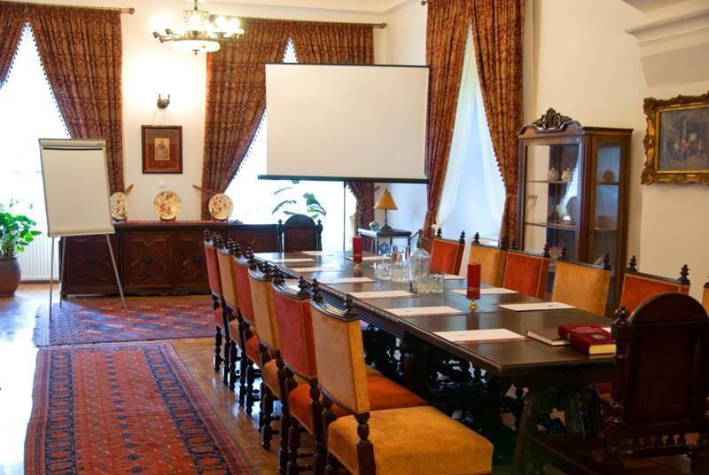 Szlloda rendezvny s konferencia helyszn Budapesthez kzel