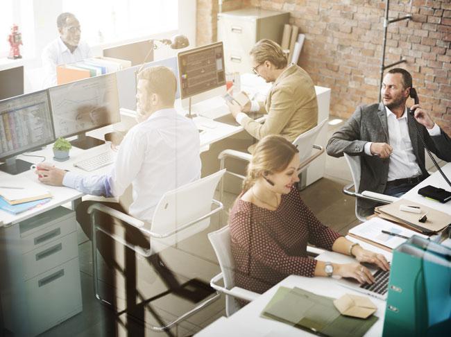 Február elejére időzítenek a munkahelyről lógók