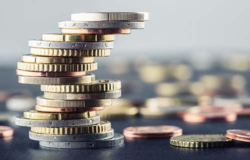 Fizetések és iparági trendek a Hays szemével – pénzügy, bank, SSC (2.)